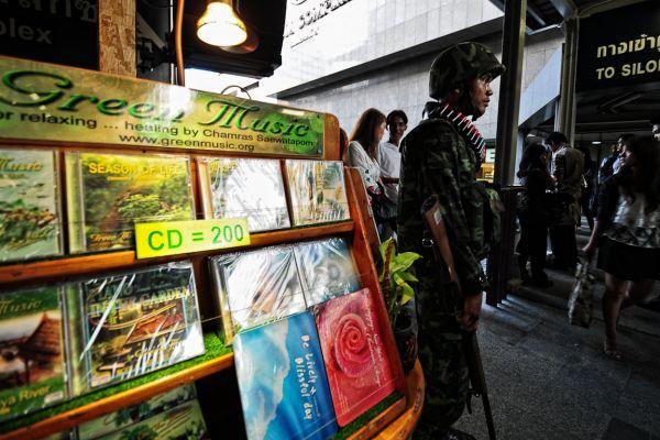 thailand-20100421-0295-edit672C5039-6196-EA45-5EFF-12F6CFA8AF0A.jpg