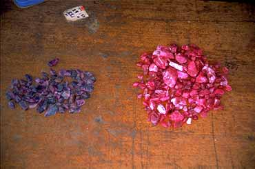 Mong Hsu, Mong Hsu ruby, flux healing, glass filling, Burma ruby, heat treatment, gemology