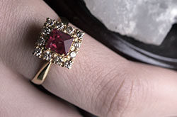 Spinel | Resurrection of a Classic Gem